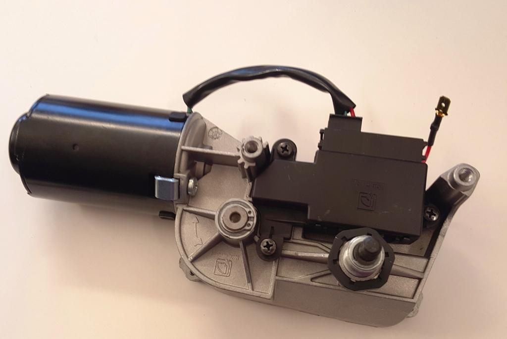 Első ablaktörlő motor AIX